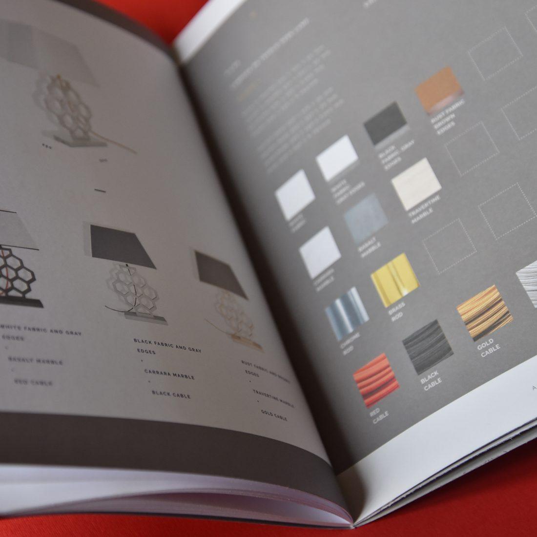 Il catalogo Akhena. Ridefinire la luce come azione pura.